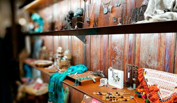 estanterias tienda Moreno Metalls
